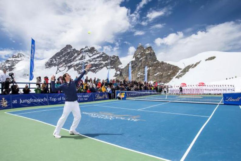 Haro_1_tennis_court